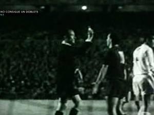 Unieke beelden uit '62 van Real Madrid tegen FC Barcelona