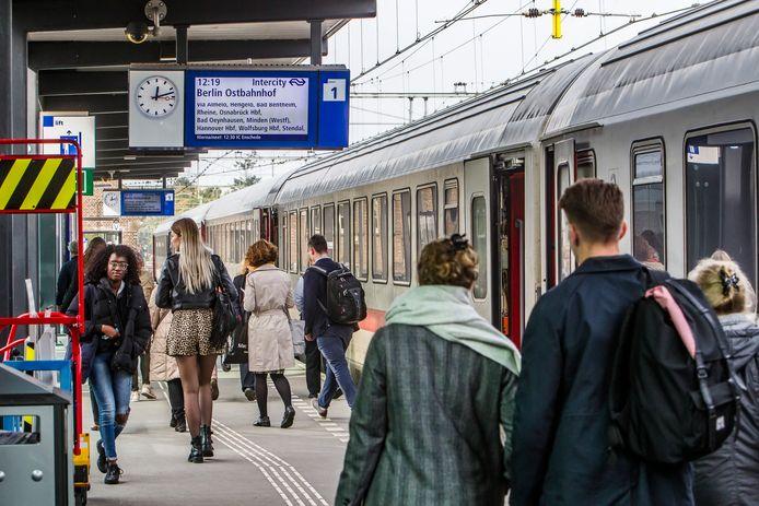 Mogelijk rijdt de 'turbotrein' van Amsterdam naar Berlijn straks via Arnhem.