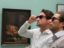 Kleurenblinden zien kunst in kleur door speciale bril in Centraal Museum