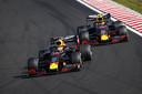 Pierre Gasly en Max Verstappen tijdens de Grand Prix van Hongarije.