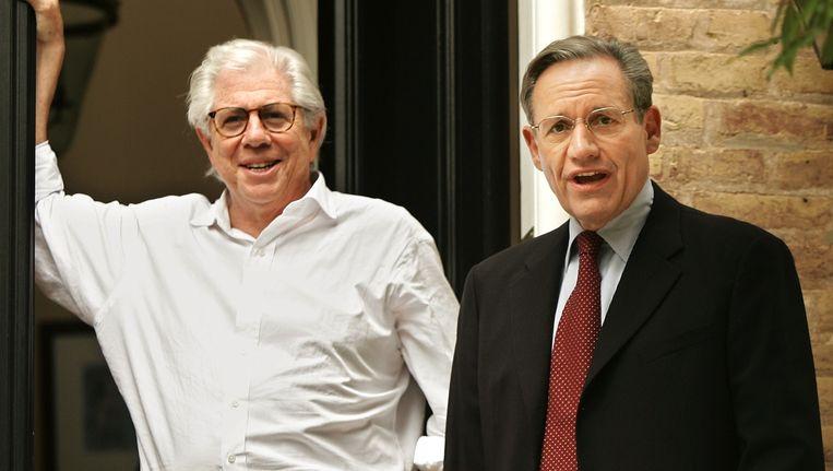 Bernstein (l) en zijn collega Bob Woodward in 2005 Beeld anp