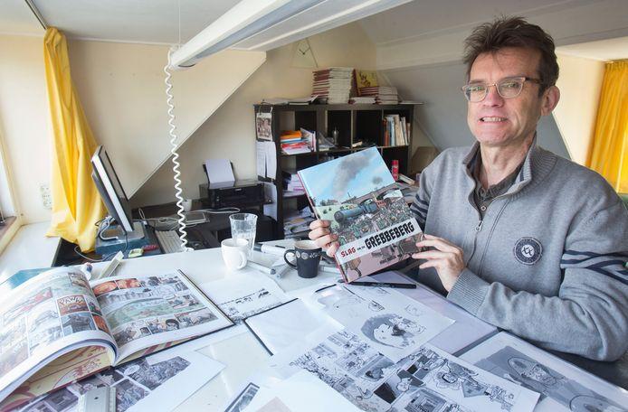 Striptekenaar Hennie Vaessen uit Oosterbeek tekende behalve stripboeken over de Slag om de Grebbeberg ook een boek over de Slag om Arnhem.