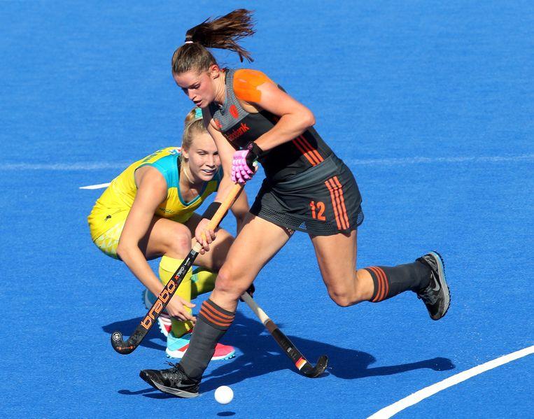 Lidewij Welten is een Australische te snel af tijdens het WK, vorig jaar in Londen. Beeld Foto EPA