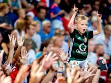 Fans welkom in stadions, maar op 1,5 meter én niet zingen: 'Neem een toeter mee'