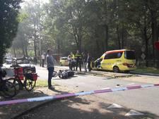 Motorrijder klapt achterop auto in Den Dolder
