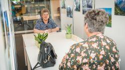 """Woonzorgcentra mogen vanaf 10 juni meer bezoekers ontvangen: """"Veel mensen snakken hiernaar"""""""