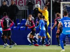 PEC Zwolle en FC Utrecht zorgen voor doelpuntrijke herstart eredivisie