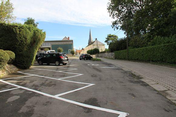 De parking aan VBS De Sterrenboom zal hertekend worden.