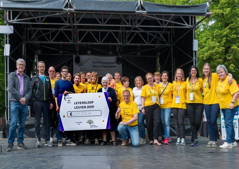 Levensloop in Leuven haalt 217 533 euro binnen voor de Stichting tegen Kanker. foto rv