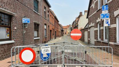 Donkerstraat afgesloten na roekeloos verkeer