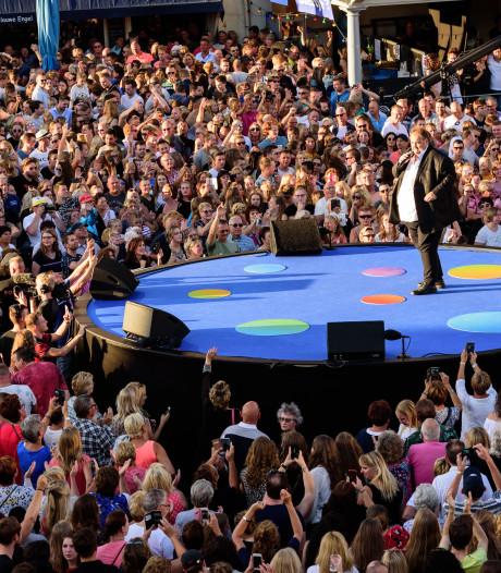Gezellig Muziekfeest op Hof ondanks knokpartij