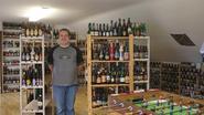 Johan heeft 1500 flesjes bier in huis, (maar lust enkel Kriek)