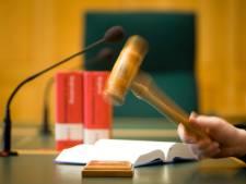 Arnhemmer moet 2,5 jaar de cel in voor neersteken van ex van vriendin