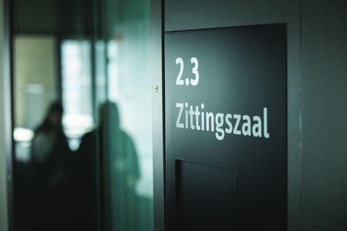 De man werd door de Gentse politierechtbank veroordeeld.