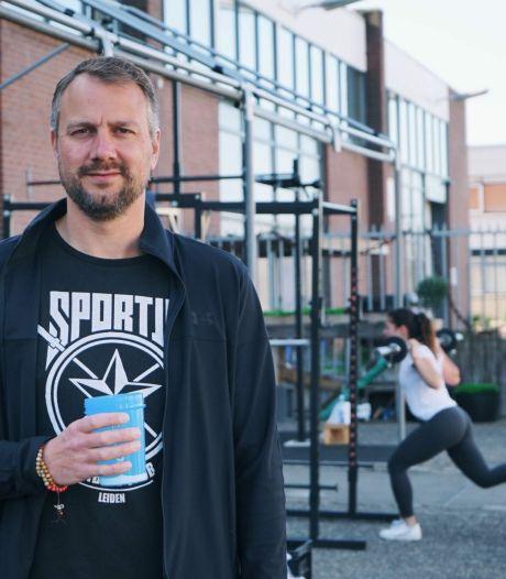 Spieren kweken in het zonnetje: Leidse Jordy toverde SPORTJA om tot buitensportschool
