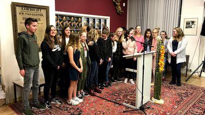 Laureaten poëziewedstrijd rond Filips-Willem gehuldigd