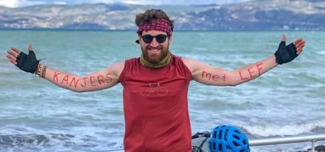 Jitse (32) fietste 7500 km naar India, maar moest vlak voor het einde zijn reis abrupt beëindigen