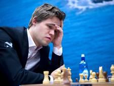 Wijk aan Zee strikt schakers Carlsen en Anand