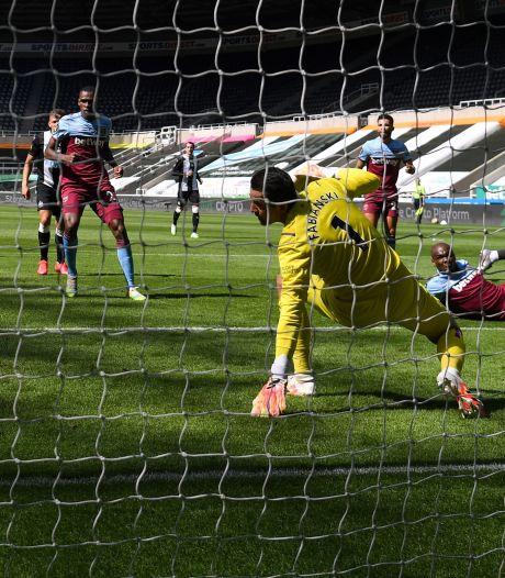 West Ham blijft in degradatienood ondanks punt bij Newcastle