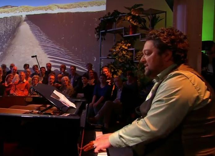 Mike Boddé zingt zijn ode aan Zeeland