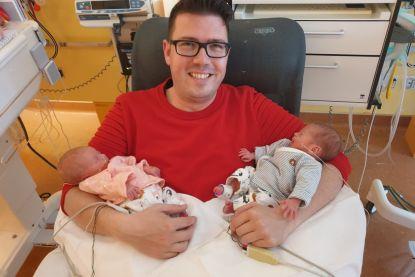 Gezocht: au pair voor tweelingbaby's van overleden moeder Kim