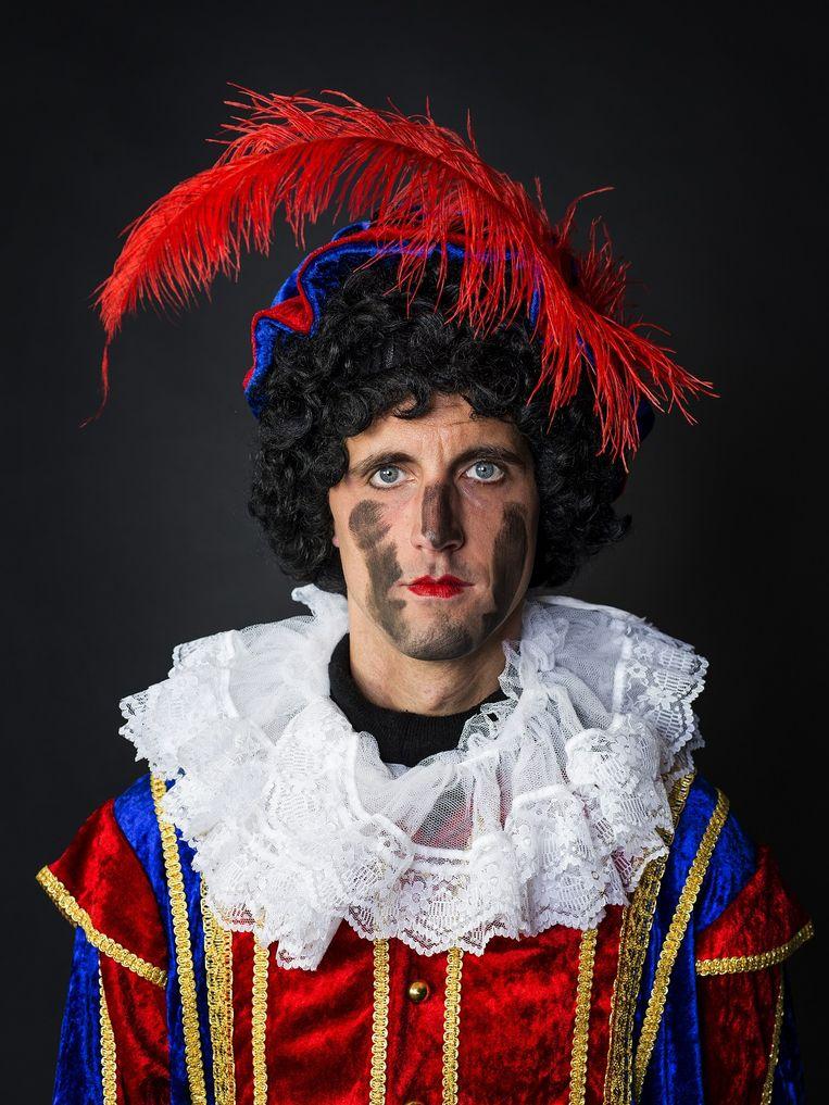 Portret van een veeg-Piet. Beeld Jiri Buller / De Volkskrant