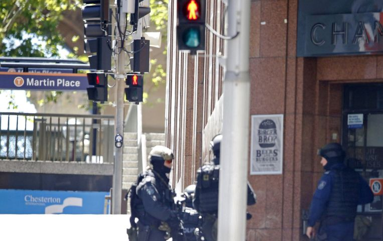 Politie bij Martin Place. Beeld reuters