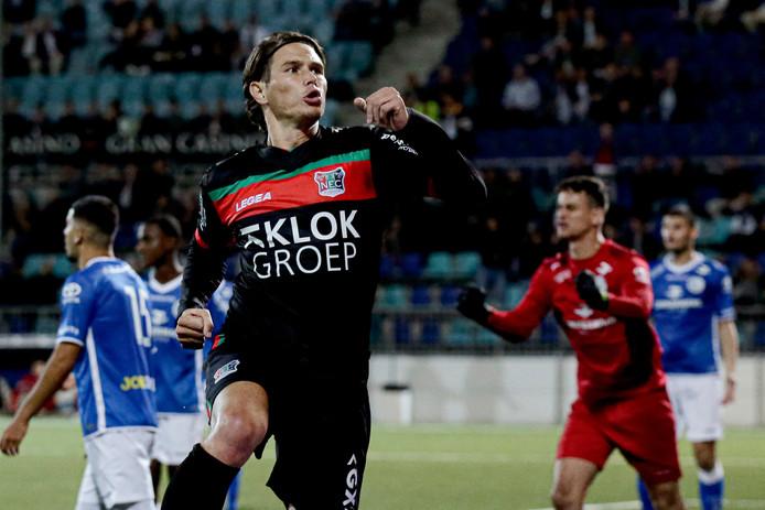 Etien Velikonja scoorde bij zijn debuut voor NEC tegen FC Den Bosch. Maandag was de Sloveen twee keer trefzeker tegen de Brabanders.
