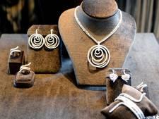 Duo steelt sieraden bij Amersfoortse juwelier