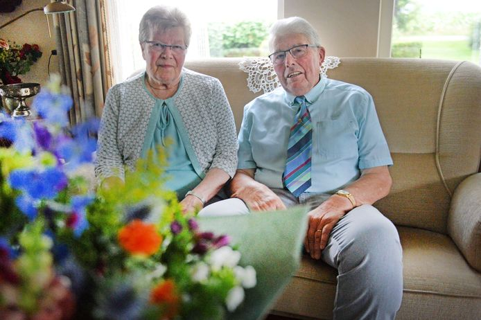 TT-2020-003556 - RUURLO -  Echtpaar Klokman-van Schooten 60 jaar getrouwd Editie ACHTERHOEK FOTO: Annina Romita AR20200709