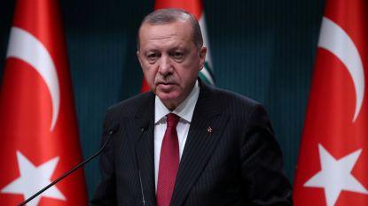"""Erdogan vreest voor nieuwe vluchtelingenstroom naar Turkije als offensief in Idlib doorgaat: """"Het kan daar uitdraaien op een slachtpartij """""""