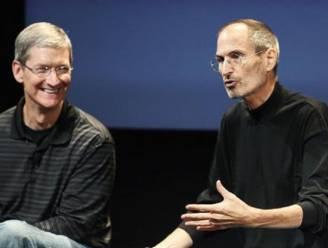 """Apple-baas Tim Cook wilde deel van lever afstaan aan Steve Jobs"""