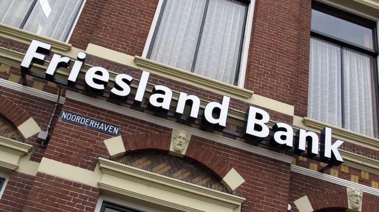 De twijfelachtige eer van 'zuinigste banken' is weggelegd voor ABN Amro en Friesland Bank, ondanks de fraaie namen die ze hun spaarders voorhouden. Foto ANP Beeld