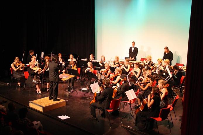 Het FJSO speelt muziek uit Harry Potter en de opera Hänsel und Gretel.