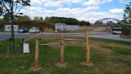 Extra toestellen voor speelzones in Sint-Eloois-Vijve en Beveren-Leie