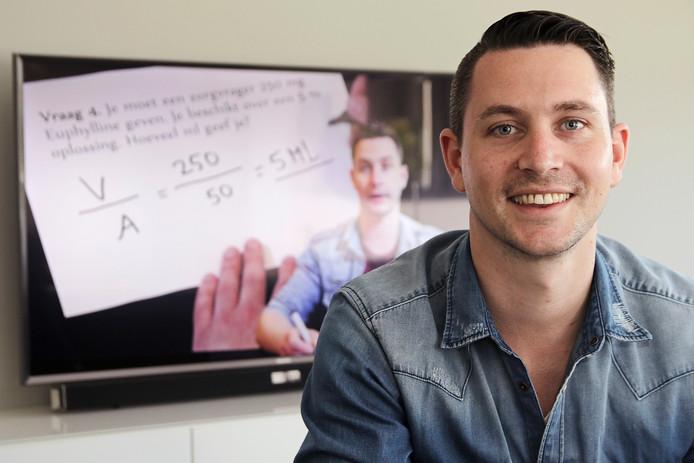 Studenten hebben veel baat bij de filmpjes die docent Dirk Megens op YouTube zet.