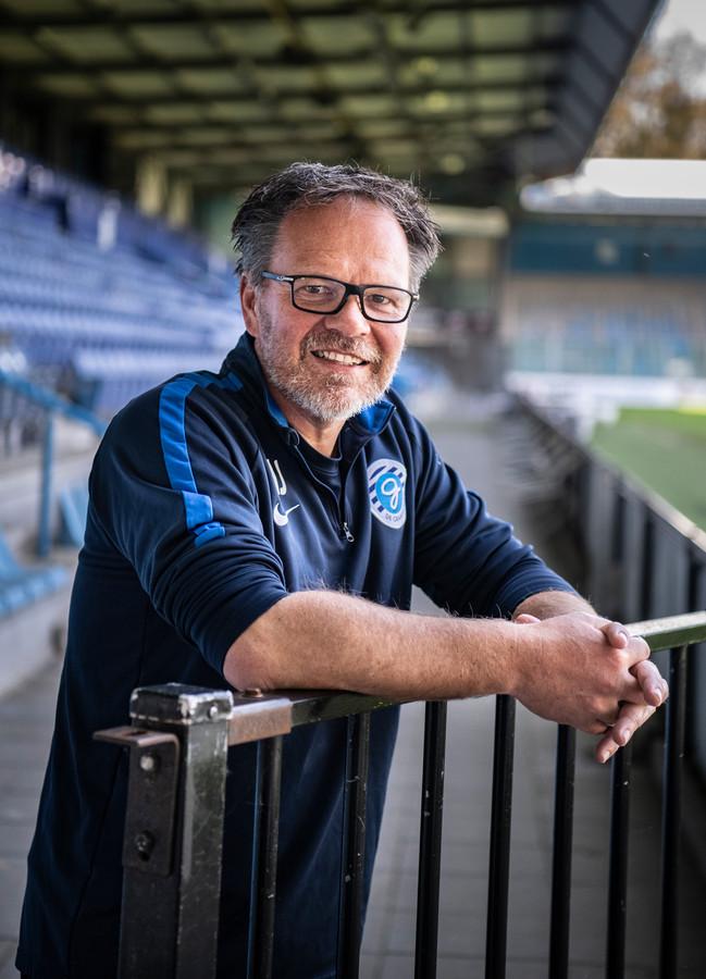 De Graafschap-trainer Henk de Jong op De Vijverberg.
