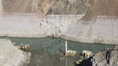 Gezonken dorpje komt weer boven water