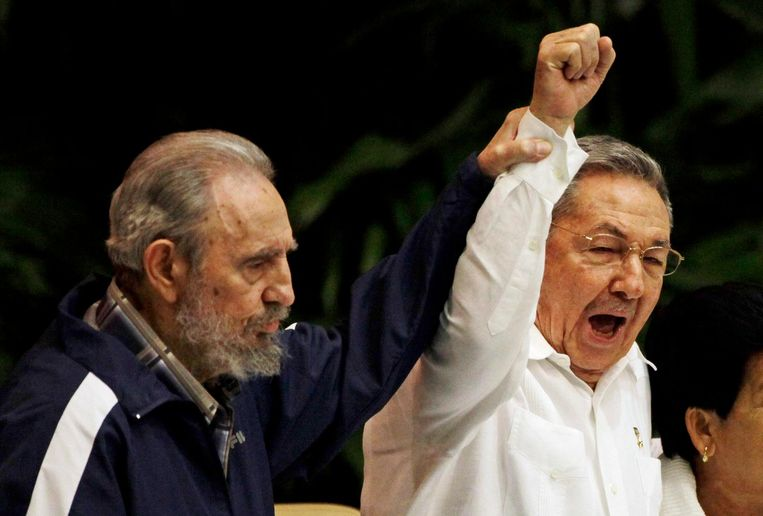 Met broer Raúl Castro.