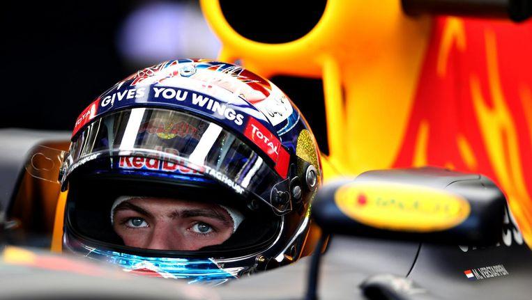 Max Verstappen, die als kroonprins van het Red Bull-imperium regelmatig met Red Bull-baas Mateschitz sprak: 'Hij is zo normaal als je maar kunt wensen, wil nooit op de voorgrond.' Beeld Red Bull Mediahouse