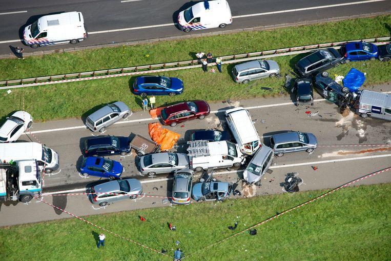 Luchtfoto van een eerder ernstig ongeval op de A58. Beeld ANP