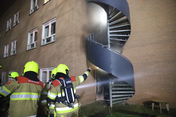 Brandweerlieden bij Pro Persona in Tiel.