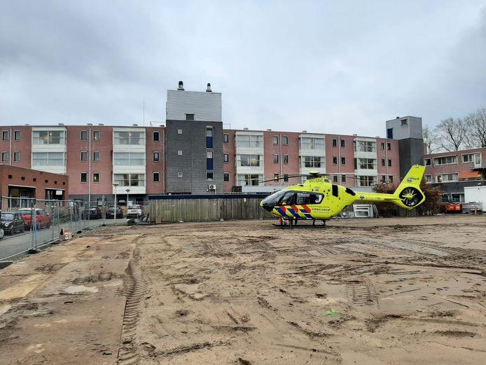 Traumaheli landt in Zaltbommel voor brand bij zorgcentrum.