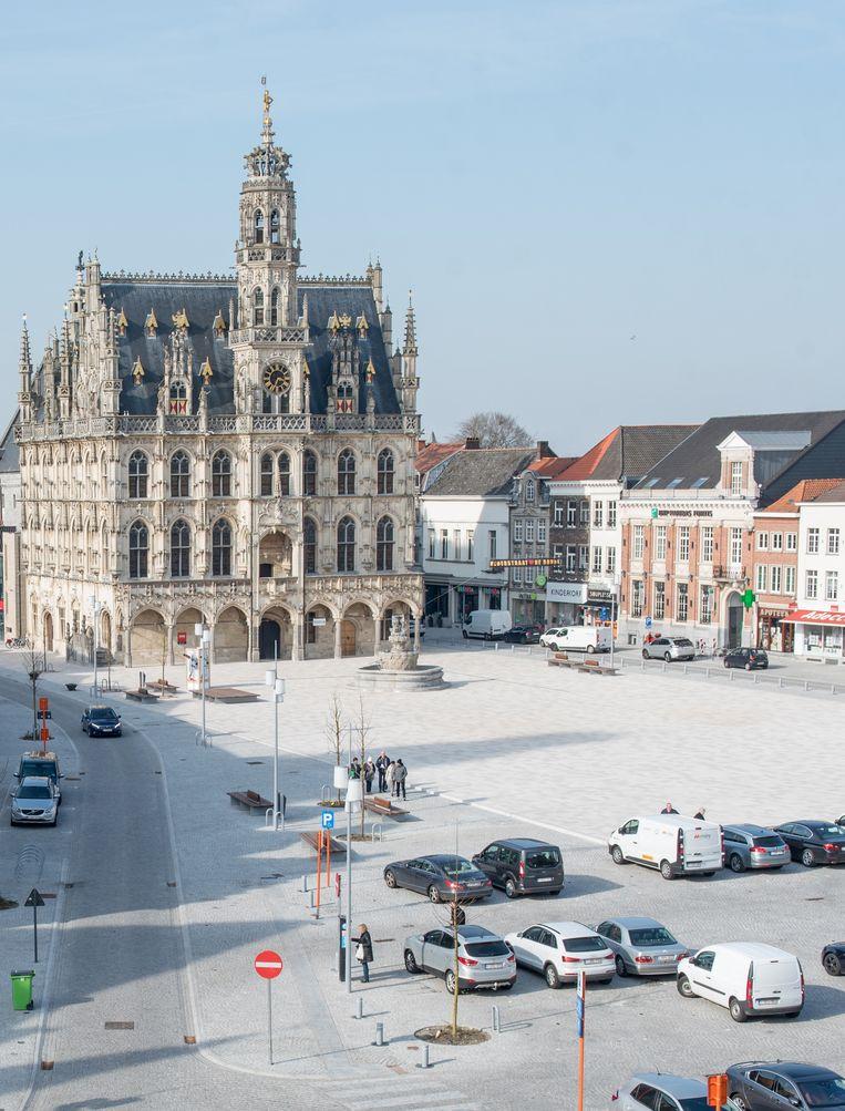 De heraanleg van de Grote Markt draagt bij tot het positieve rapport van het stadsbestuur.