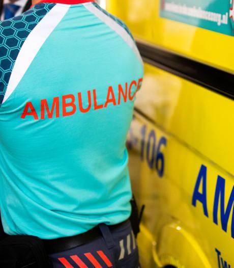 Ambulancedienst neemt steekwerende vesten in gebruik