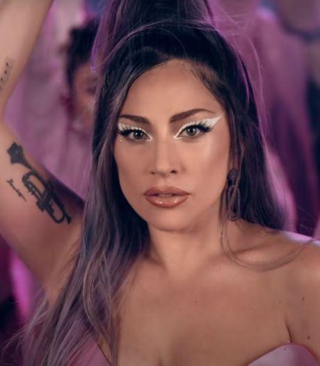 Lady Gaga haalde gezicht Ariana Grande open met lange nagels: 'Hoop dat het litteken wordt'