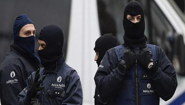 Les perquisitions menées à Anderlecht et à Gand s'inscrivaient dans le cadre d'une enquête relative à des faits de financement du terrorisme, entamée il y a plusieurs mois. Aucune arme ni explosif n'ont été trouvés au cours de ces opérations (photo prétexte).