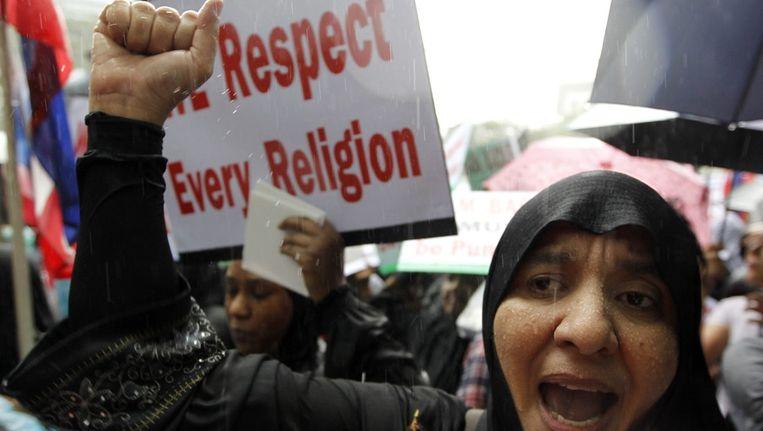 Betoging in Thailand: 'Wij respecteren iedere godsdienst'. Beeld EPA
