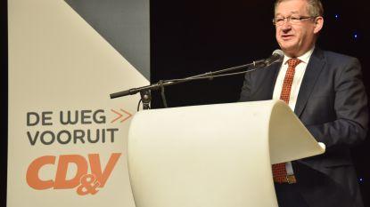 """Nieuwe burgemeester wil andere aanpak: """"Geen razzia's meer tijdens voedselbedeling in Zeebrugge"""""""