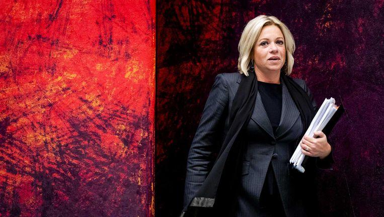 Jeanine Hennis tijdens het debat over het fatale ongeluk met Nederlandse militairen in Mali. Beeld anp